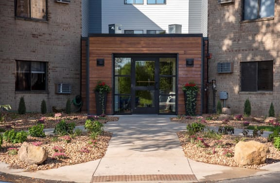 welcome to eagan place apartments, entry
