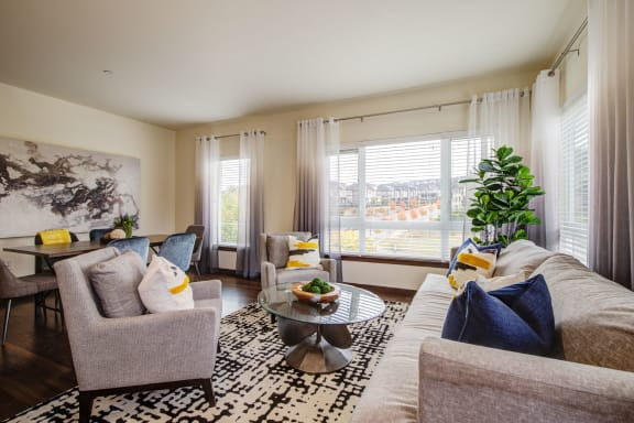 large, light filled living room at  Discovery Heights in Issaquah, WA 98029