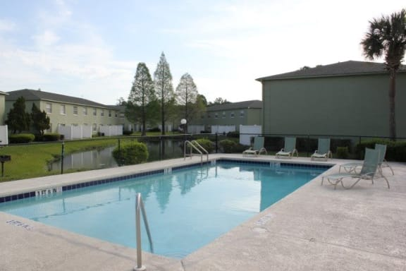 Townsgate Apartments Pool