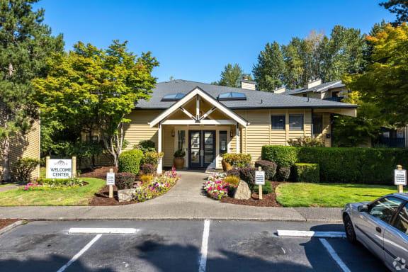 Centrally Located Community at Copper Ridge Apartments, Renton, WA building