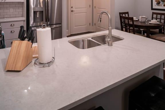 Quartz Countertops ¦ 511 Queens Apartments in Charlotte, NC