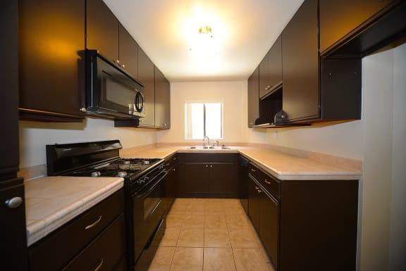 Monarch Terrace kitchen with appliances