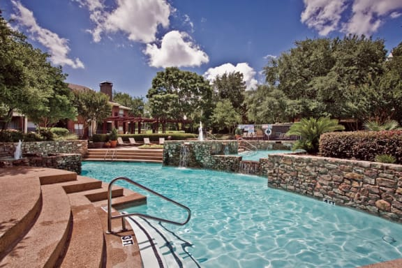 resort-style pool in plano apartments