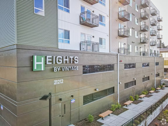 Heights by Vintage Apartment Homes
