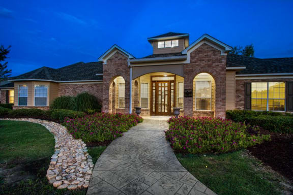 Beautiful Clubhouse at Ashford Place Apartment Homes, Flowood, Mississippi, 39232
