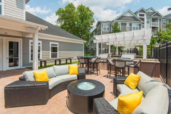 Outdoor Grill With Intimate Seating Area at Windsor Herndon, Herndon, VA
