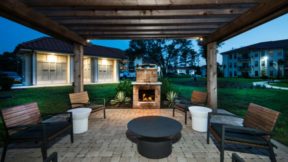 Outdoor Fireplace Lounge at Two Addison Place, Pooler