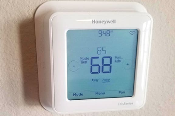Smart Thermostat at Trade Winds Apartment Homes in Elkhorn, NE