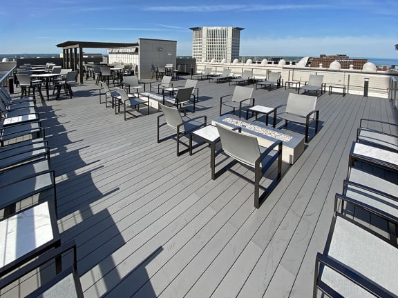 Rooftop Deck at The Terminal Tower Residences, Cleveland
