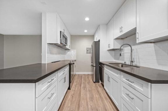 Modern Kitchen Design at Los Robles Apartments in Pasadena, CA