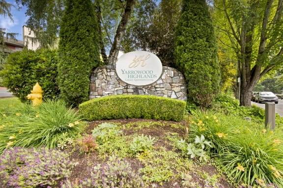 Yarrowood Highlands signage