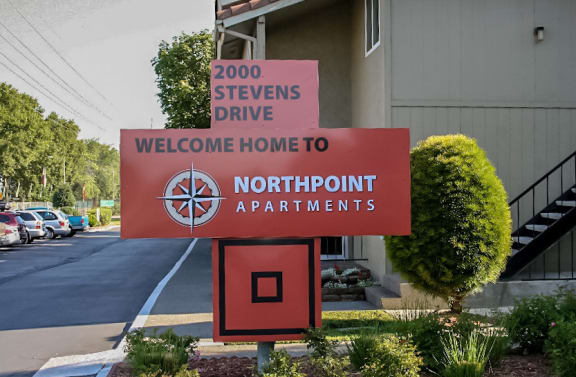 Northpoint Apartments Exterior Monument Sign