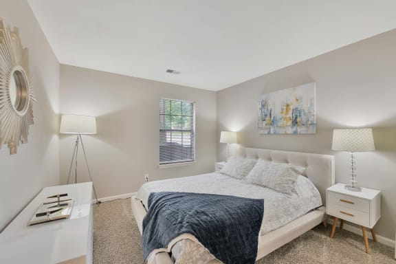Luxurious Bedroom at Shillito Park Apartments, Lexington