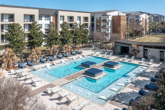 Legacy North pool with lounge areas