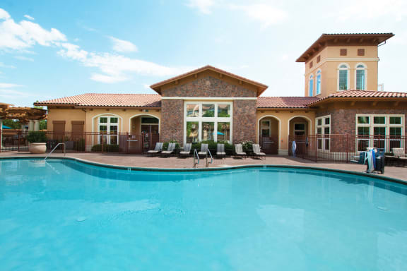 Foothills at Old Town Apartments resort-style pool