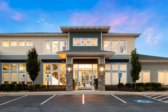 The Haven at Shoal Creek - Clubhouse entrance