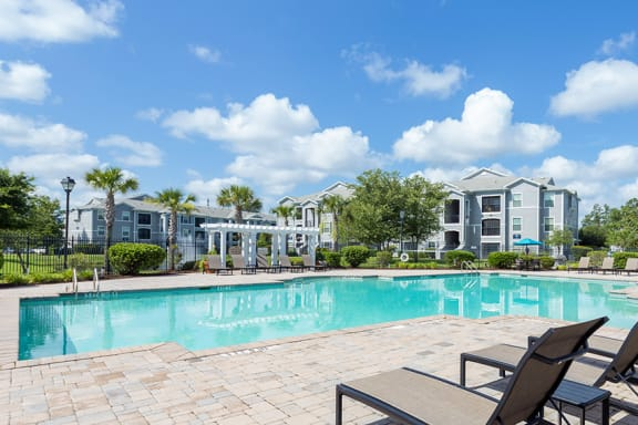 Courtney Station Apartments - Resort-style pool with spacious sundeck