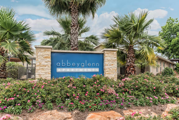 Property Signage with landscaping at Abbey Glenn Apartments, Waco