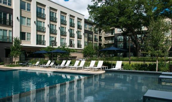 Pool at Everra Midtown Park Apartments Dallas, Texas