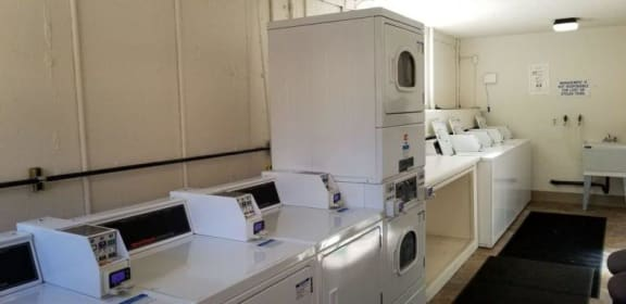 Creston Laundry Facilities