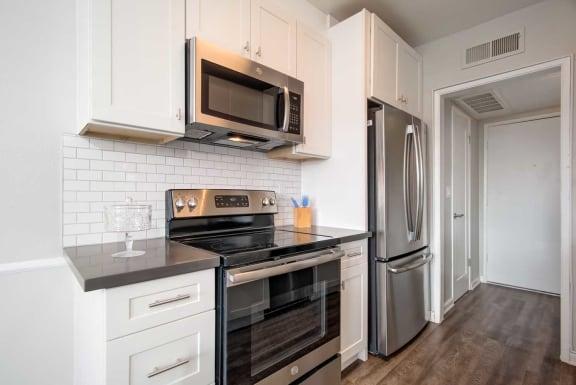 Fully Equipped Kitchen at Los Robles Apartments, Pasadena