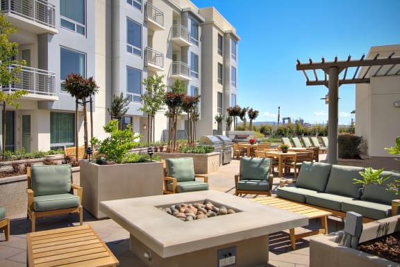 San Francisco CA Apartments for Rent-Strata At Mission Bay Apartments Courtyard With Seating Areas And Fire Pit