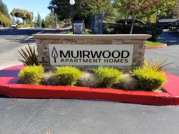 Monument Sign l Muirwood Garden Apartments Martinez CA