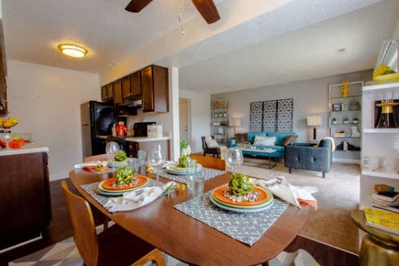 Artistic Finished Dining Room at Hamilton Square Apartments, Westfield, IN, 46074