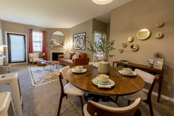 Dining room at The Reserve at Williams Glen Apartments, 2201 Williams Glen Blvd, Zionsville