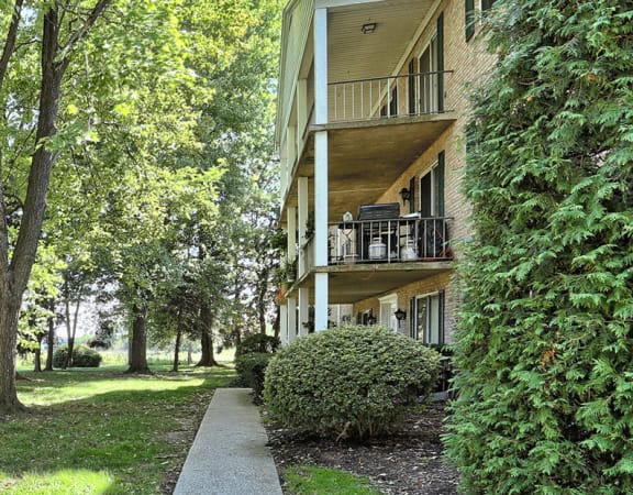 Apartments near Carlisle Pike in Camp Hill, PA | Conodoguinet Creek View Apartments | Property Management, Inc.