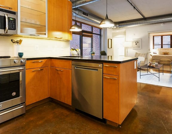 Fully Equipped Kitchen at The Hudson Apartments, Washington, DC, 20005