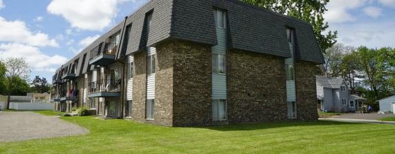 Eldridge Apartments exterior