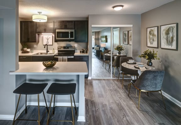 Spacious Kitchen With Dining at Foxboro Apartments, Wheeling, IL