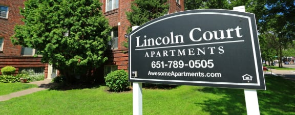 Lincoln Court Exterior