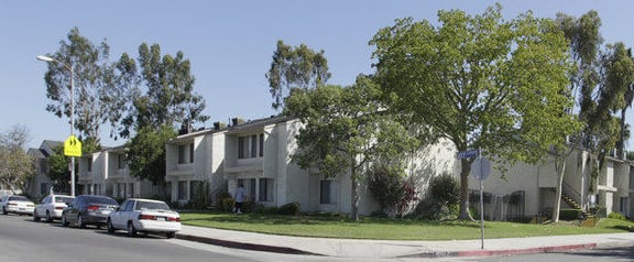 Laurel Canyon Terrace exterior building view from street
