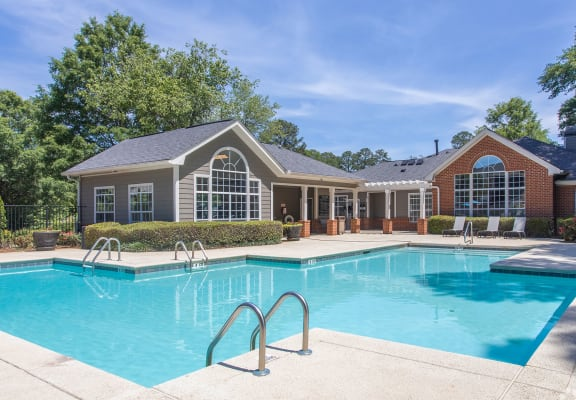 Beautiful blue swimming pool at The Columns at Timothy Woods, Athens, GA