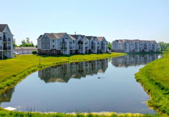 Large Lake with Fountain at Heatherwood Apartments, Grand Blanc, MI