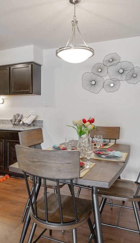 Sophisticated Dining Area at Lakeside Village Apartments, Clinton Township, MI, 48038
