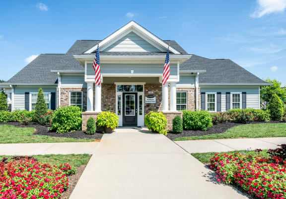 The Standard at White House|Leasing/Clubhouse Entry