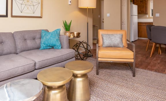 Sheldon Butte | Living Room and Dining Room