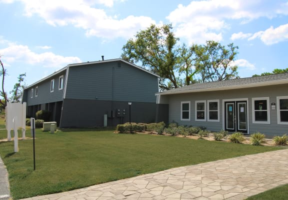 Turtle Lake Apartments Panama City, FL leasing office