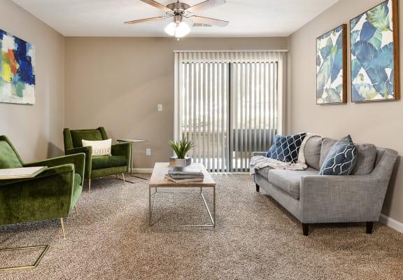 Living Room at Shillito Park Apartments, Lexington