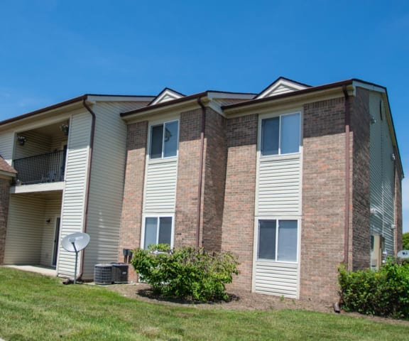 Property Front Exterior at Creekside Square, Indianapolis, Indiana