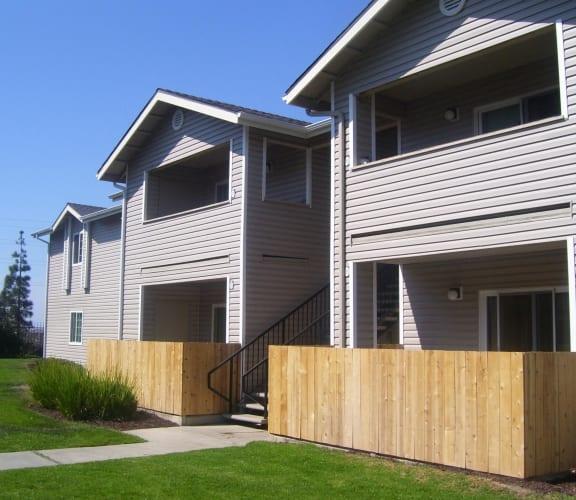 Private Patios and Balconies| Vizcaya Apartment Homes in Santa Maria, CA