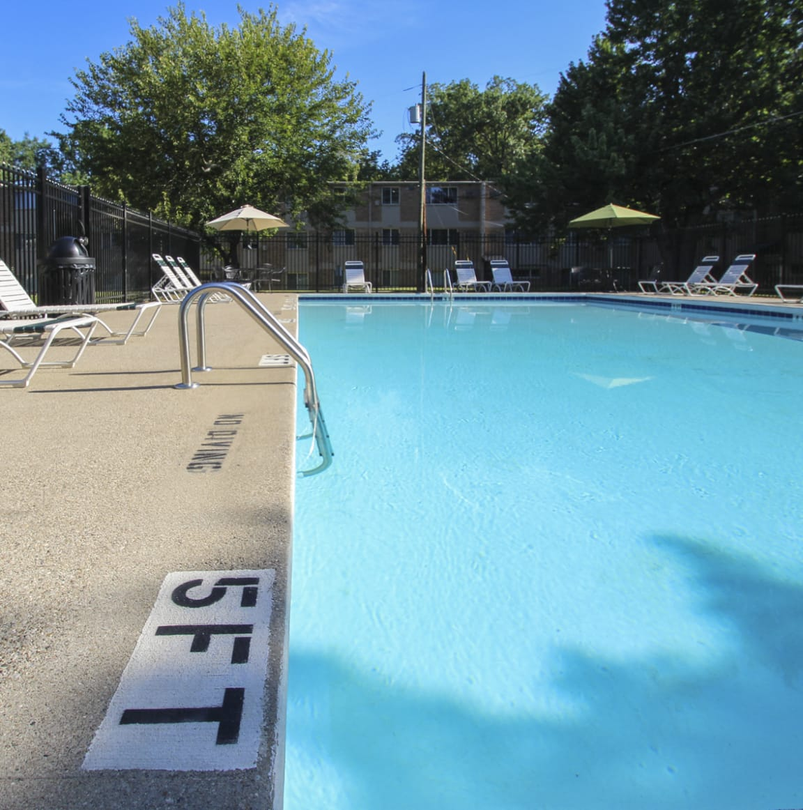 This is a picture of the pool area at Red Bank Reserve in Cincinnati, Ohio