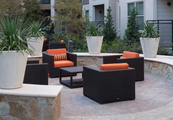 Ample Outdoor Seating Area at Berkshire Amber, Texas