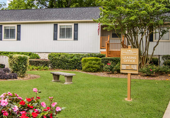 Exterior of the leasing office at Magnolia Crossing Apartments in Macon, GA
